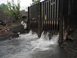 Paterson CSO pours sewage into the Passaic River.